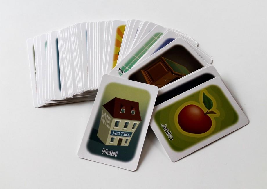 karty s kopírovanými obrázkami