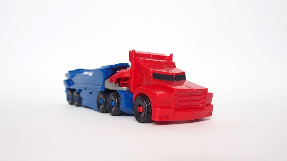 transformátory optimus 8