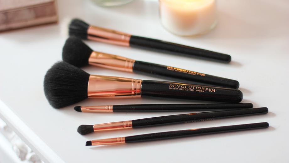 makeup_revolution__8_.jpg